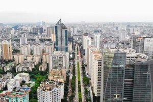 Cận cảnh tuyến đường dài 2km cõng tới 40 tòa nhà cao ốc tại Thủ đô