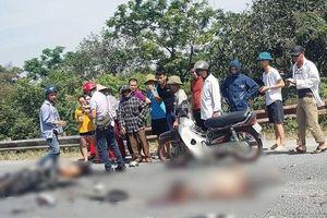 Đấu đầu ô tô tải, hai thanh niên đi xe máy tử vong thương tâm
