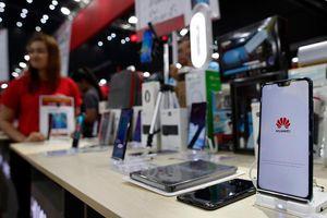 Nga 'xung phong' cung cấp hệ sinh thái phần mềm cho điện thoại thông minh Huawei