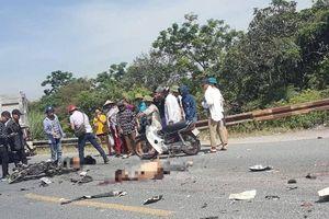 Xe máy đấu đầu xe ben trên QL38, 2 thanh niên tử vong tại chỗ