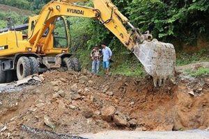 Thông xe tạm thời tuyến TL132 sạt lở do mưa lớn ở Lai Châu