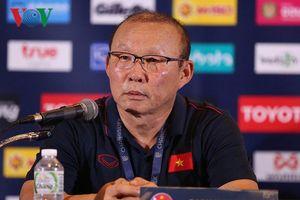 Cơn đau đầu của HLV Park Hang Seo sau King's Cup 2019