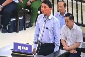 Cựu Thứ trưởng Bộ Công an Trần Việt Tân không bao giờ nghĩ có ngày phải đứng khai tội trước tòa