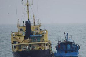 Mỹ và 26 nước kêu gọi ngưng chuyển dầu trên biển cho Triều Tiên