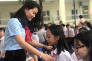 Cô giáo trẻ gần 10 năm hoàn thành xuất sắc nhiệm vụ tổng phụ trách