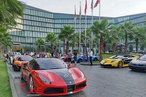 Choáng ngợp dàn siêu xe triệu đô đẹp tuyệt mỹ đổ về Hà Nội.