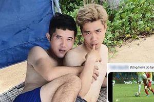 Vừa trở về Việt Nam, Công Phượng lộ ảnh e thẹn ôm ấp trai lạ khiến người xem giật mình nghi vấn giới tính?