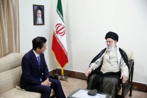 Thủ tướng Nhật Bản truyền thông điệp của Tổng thống Mỹ trong cuộc gặp Đại giáo chủ Iran