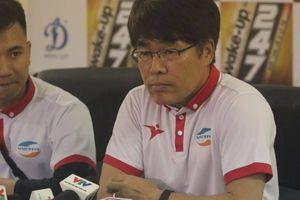 Đồng hương thầy Park rời V-League chỉ sau 5 tháng