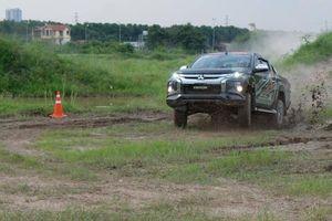 Việt Nam có đội đua xe địa hình chuyên nghiệp đầu tiên