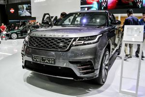 Triệu hồi xe sang Range Rover Velar tại Việt Nam