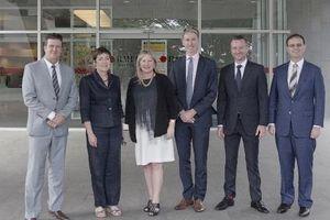 Bộ trưởng Bộ Giáo dục bậc đại học bang Victoria (Úc) thăm RMIT Việt Nam