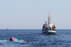 Tàu cá Trung Quốc đâm chìm rồi bỏ mặc 22 ngư dân Philippines, Bắc Kinh nói chỉ là tai nạn thông thường