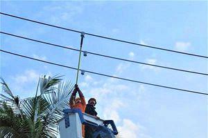 Khánh Hòa: Nghiệm thu dự án 'Chế tạo thiết bị chỉ thị và cảnh báo sự cố trên lưới điện trung áp'