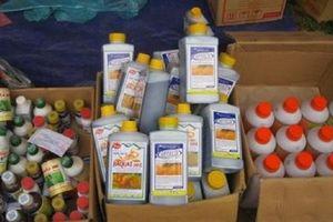 Việt Nam chi mạnh để nhập khẩu thuốc trừ sâu Trung Quốc