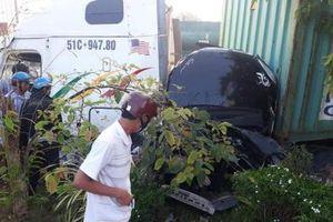 Tây Ninh: Tai nạn kinh hoàng giữa ô tô 4 chỗ và Container khiến 5 người tử vong