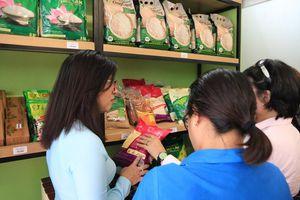 Hội Phụ nữ Quận 4 ra mắt cửa hàng thực phẩm an toàn