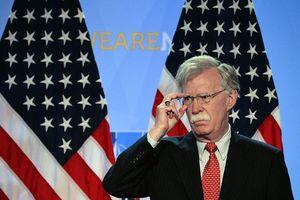 Ông Bolton tuyên bố cơ hội giải quyết xung đột Donbass dưới thời TT Zelensky