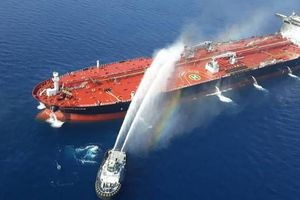 Chính quyền Mỹ khẳng định Iran tấn công tàu chở dầu dù không có bằng chứng