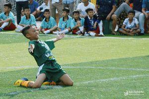 Lịch thi đấu ngày 14/6 Giải bóng đá TN-NĐ Cúp Báo Nghệ An