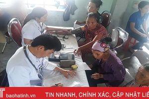 Formosa Hà Tĩnh hỗ trợ khám, cấp thuốc miễn phí cho người dân Kỳ Lợi