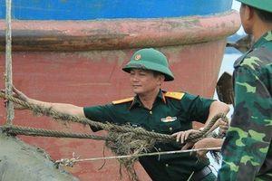 Phát hiện bom 400kg nguyên kíp nổ dưới lòng sông Lam