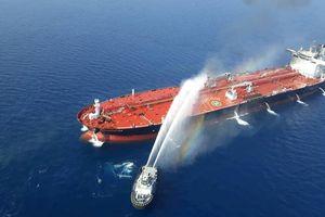 Mỹ tung đoạn clip chứng minh Iran tấn công tàu vận tải trên Vịnh Oman