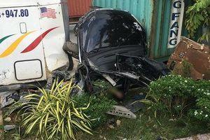 Vụ container tông ô tô con: 5 người tử vong, nạn nhân nhỏ nhất mới 1 tuổi