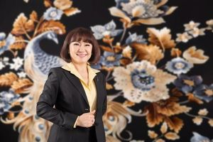 Bà Huỳnh Bích Ngọc muốn gom 10 triệu cổ phiếu SBT