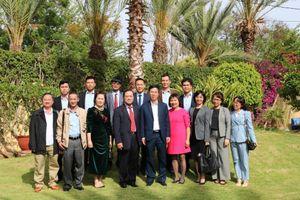 Đồng chí Võ Văn Thưởng thăm Đại sứ quán Việt Nam tại Ma-rốc