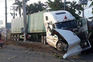 Xe container đâm bẹp xe con làm 3 người chết có còn hạn đăng kiểm?