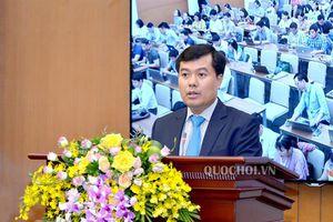 Tổng Thư ký Quốc hội, Chủ nhiệm Văn phòng Quốc hội Nguyễn Hạnh Phúc chủ trì họp báo công bố kết quả Kỳ họp thứ 7 Quốc hội khóa xiv.