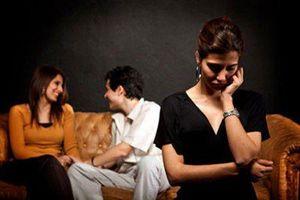 Ngỡ tưởng vợ đánh ghen bồ, ai ngờ cả 2 hợp lực bắt tay xử chồng ngoại tình