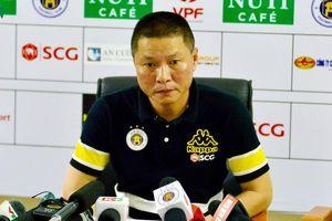 HLV trưởng của Hà Nội FC tiết lộ về quá trình điều trị cho Đình Trọng
