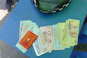 Khen thưởng nhân viên Bán đảo Sơn Trà trả lại 45 triệu cho khách