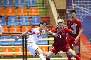 Ngược dòng thắng Tajikistan, Việt Nam vào tứ kết