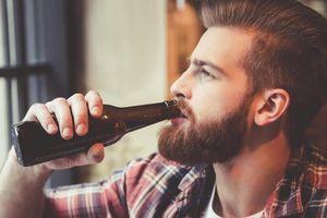 Bạn hấp thụ bao nhiêu calo trong một chai bia?