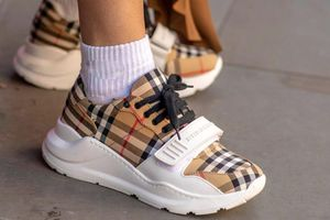 7 mẫu sneakers nổi bật tại Tuần lễ thời trang Thu - Đông 2019