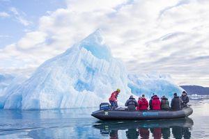 Đảo Greenland ở Bắc Cực vừa mất 2 tỷ tấn băng trong một ngày
