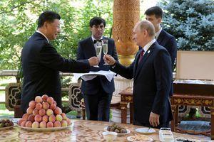 Tổng thống Putin tặng kem cho ông Tập dịp sinh nhật 66 tuổi