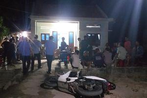 Quảng Nam: Bị hàng xóm truy sát ngay tại nhà, cha chết, 2 con nguy kịch