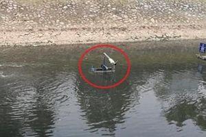 'Bảo bối' dưới sông Tô Lịch cần thêm 'trợ thủ' sau 1 tháng hoạt động