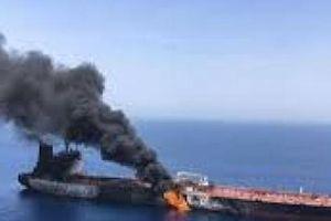Sức nóng Mỹ-Iran đến giới hạn: Trừng phạt hay chiến tranh?