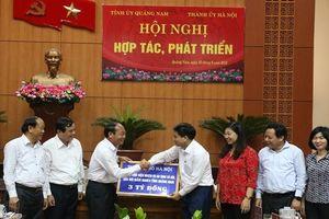Hà Nội trao hơn 3,2 tỷ đồng giúp Quảng Nam giảm nghèo