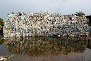 Nguy cơ Canada, Malaysia căng thẳng vì rác