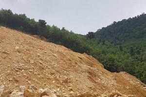 Đột nhập 'mỏ' quặng thạch anh trái phép ở khu vực biên giới Việt - Lào