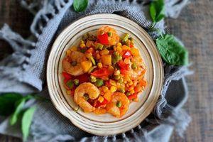 Chỉ 1 món tôm xào rau củ ăn với cơm thoải mái yên tâm đủ chất mà vẫn thật nhanh gọn