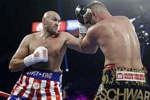 Hạ knock-out độc cô cầu bại Tom Schwarz, Tyson Fury thu về cả núi tiền