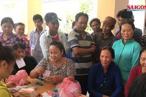 Tặng nhà tình thương, khám sức khỏe, tặng quà người dân huyện Cù Lao Dung