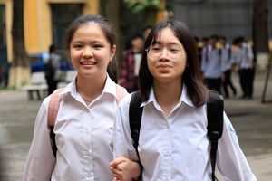 Nhiều cơ hội cho các thí sinh Hà Nội trượt lớp 10 công lập